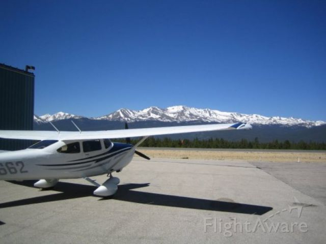 Cessna Skylane (N10662) - June 2005 at Leadville, CO for the last stop of the Colorado Pilot