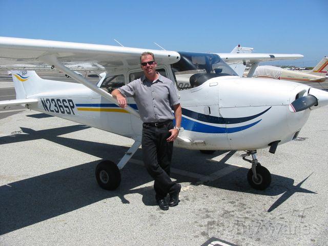 Cessna Skyhawk (N236SP)