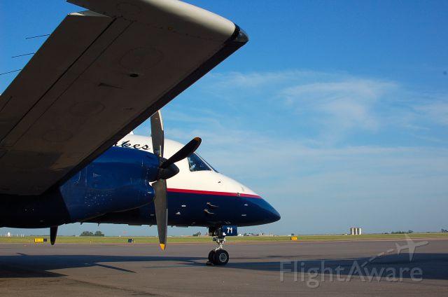 Embraer EMB-120 Brasilia (N71GL)