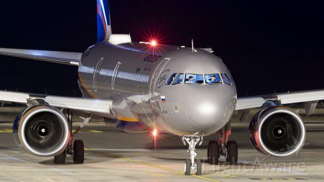 Airbus A321 (VP-BPP) - TENERIFE SUR AIRPORT