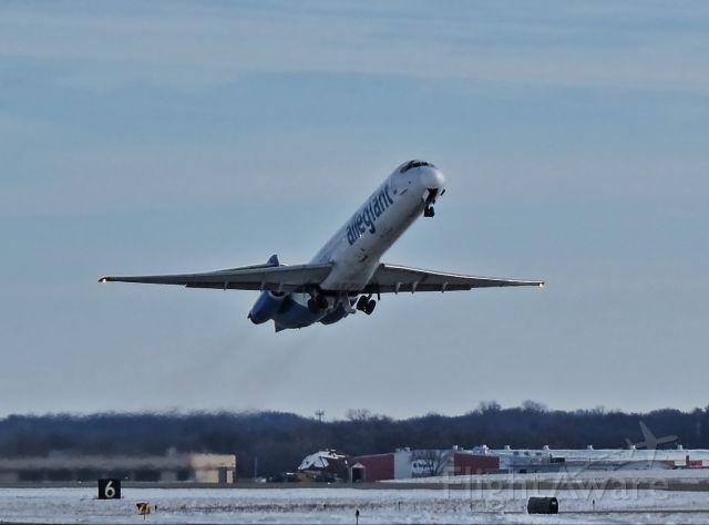 McDonnell Douglas MD-87 (N425NV)