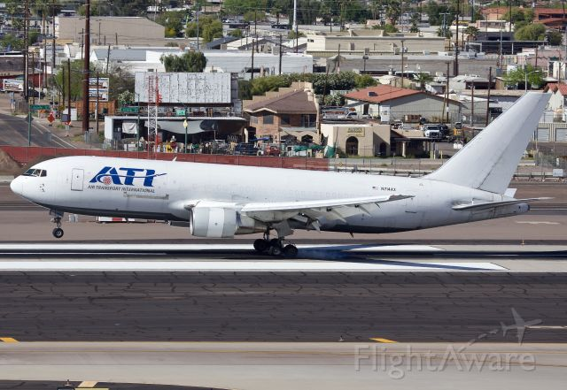 """BOEING 767-200 (N714AX) - Arriving to Phoenix (Please view in """"Full"""" for best image quality)"""