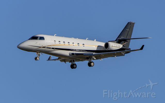 IAI Gulfstream G200 (N468JJ) - Rwy 02L arrival @KDPA.