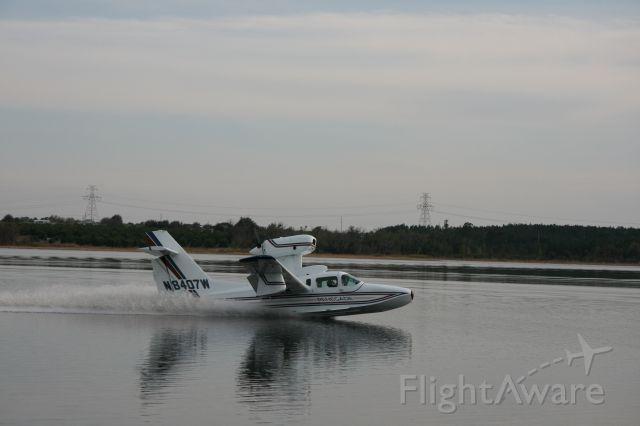 LAKE Turbo Seafury (N8407W)
