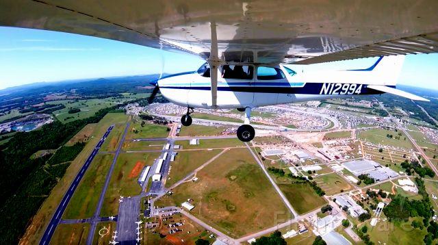 Cessna Skyhawk (N12994) - N12994