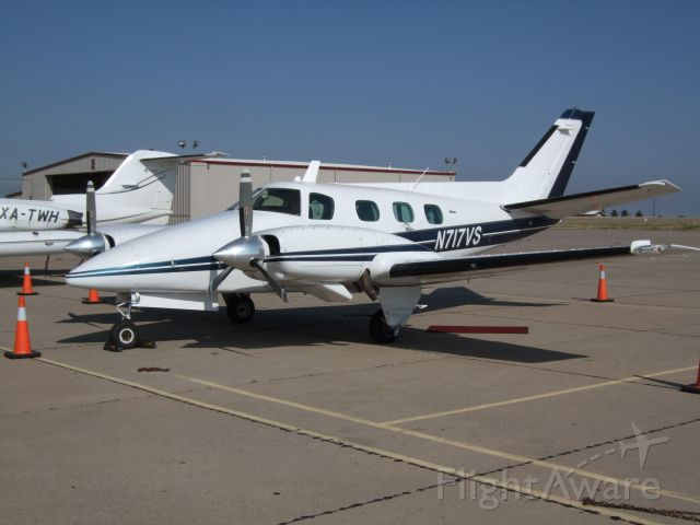 Beechcraft Duke (N717VS)