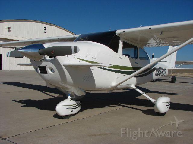 Cessna Skylane (N95803)