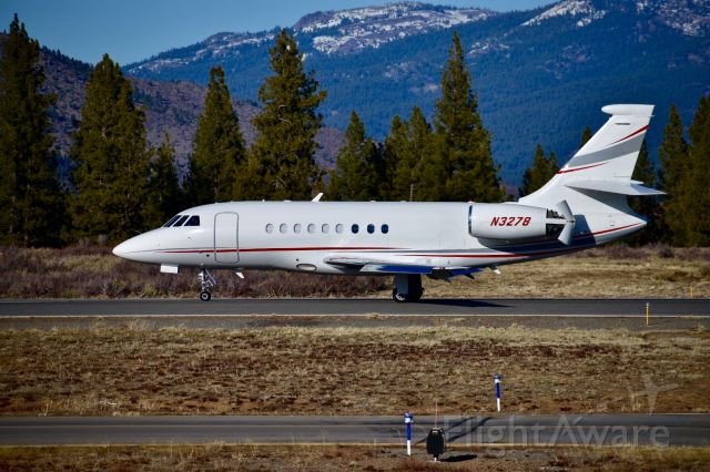 Dassault Falcon 2000 (N3278) - Mountain Aviation 90 (N3278) arrives on Runway 29 at Truckee Tahoe (KTRK) after its afternoon flight from Centennial (KAPA)