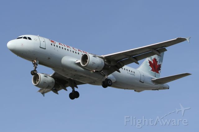Airbus A319 (C-GARG) - November 12, 2007 - arrived Montreal Trudeau