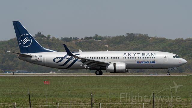 Boeing 737-800 (HL7568) - 2016/04/24 13:39:58
