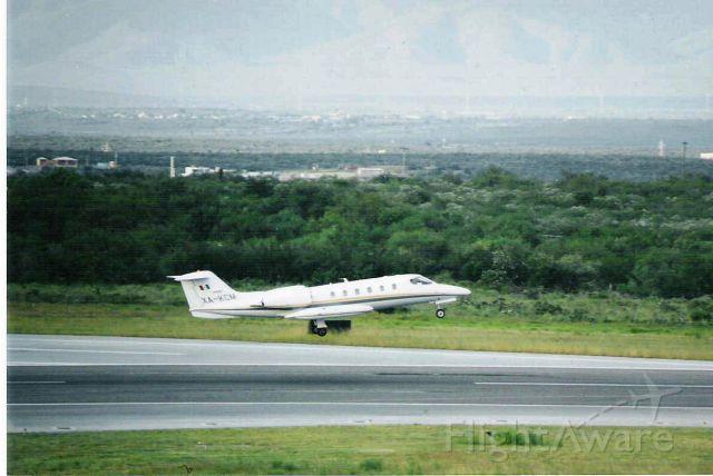 Learjet 35 (XA-KCM)