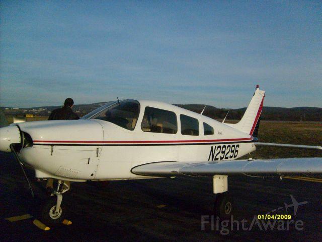 Piper Cherokee (N29296)