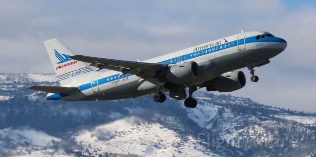 Airbus A319 (N744P) - American