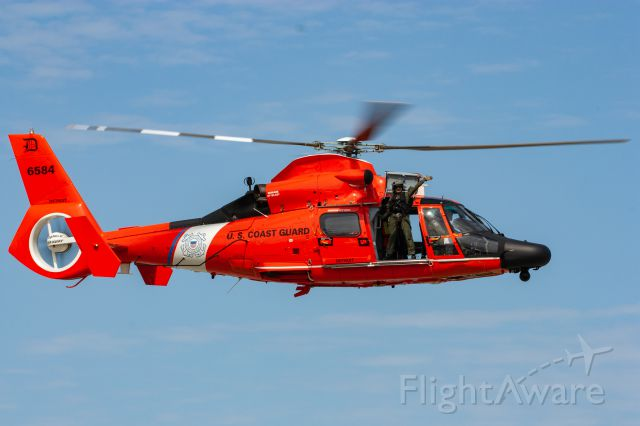 VOUGHT SA-366 Panther 800 (6584) - USCG MH-65C 6584 performing a SAR demo at the 2019 Cleveland National Air Show