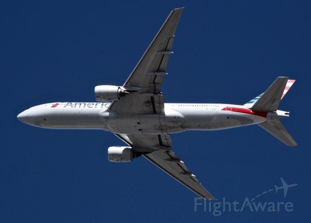 Boeing 777-200 (N789AN)