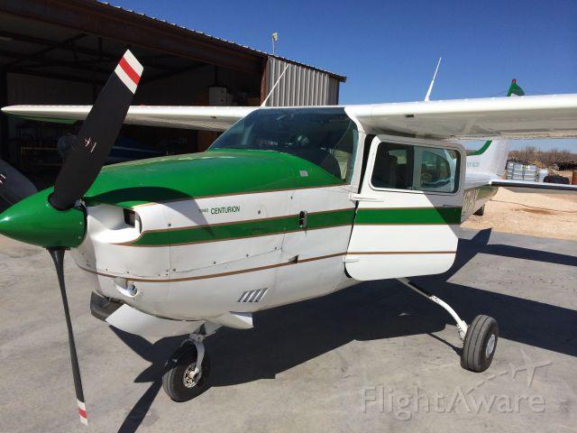 Cessna Centurion (N10HX)