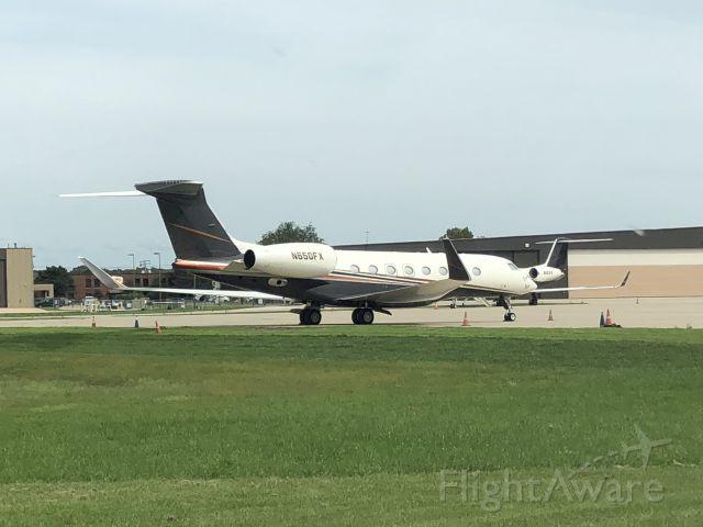 Gulfstream Aerospace Gulfstream G650 (N650FX) - Signature ramp - KPWK