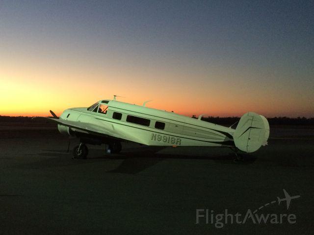 Beechcraft 18 (N9918R)