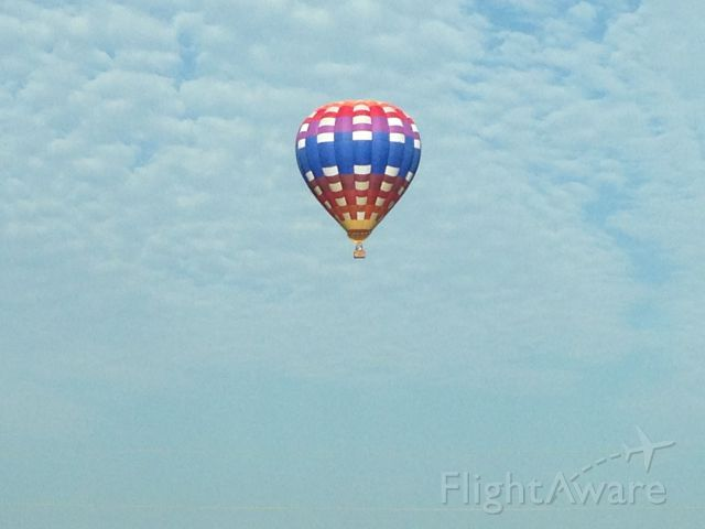 Unknown/Generic Balloon — - Somewhere near Grandview, MO