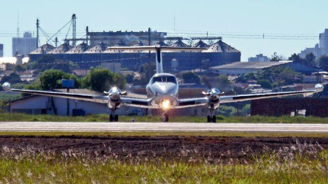 Beechcraft Super King Air 200 (PR-KEM)