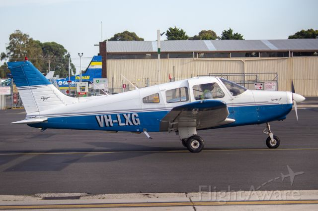 Piper Cherokee (VH-LXG)