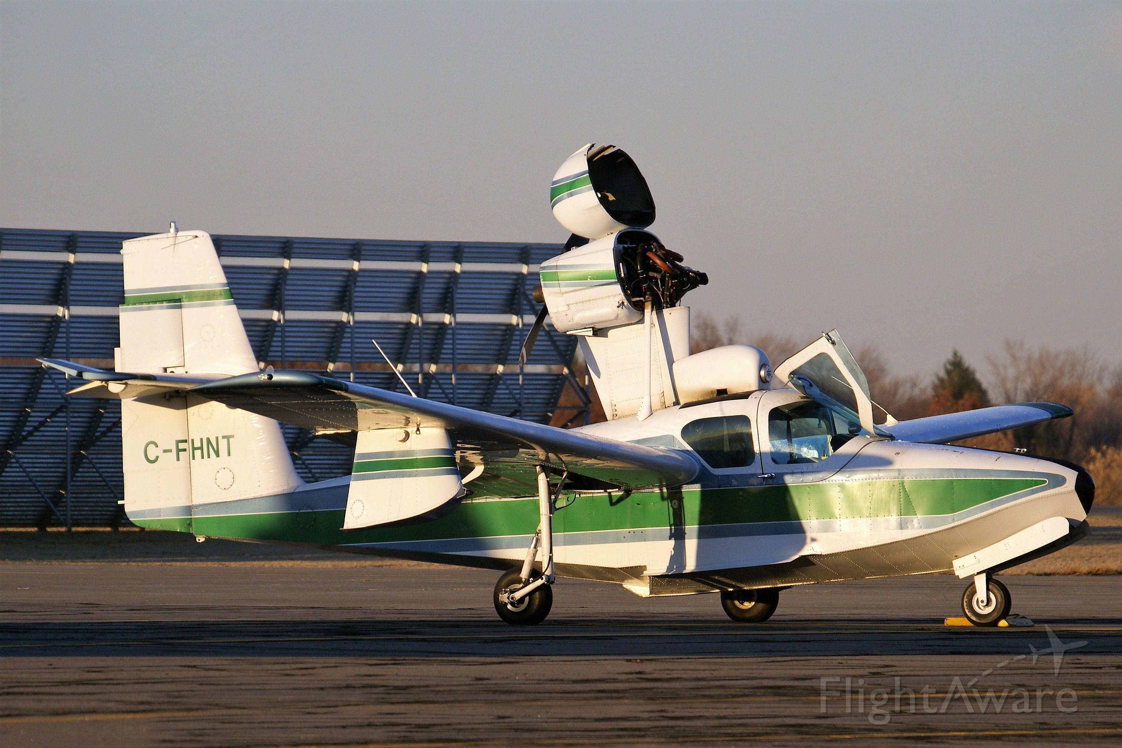 LAKE LA-200 (C-FHNT) - Having a small maintenance issue.