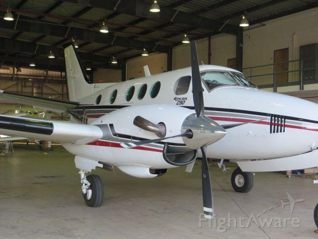 Beechcraft King Air 90 (N11FT)