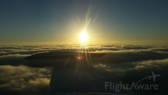 — — - Early am pic @ 10,000 ft