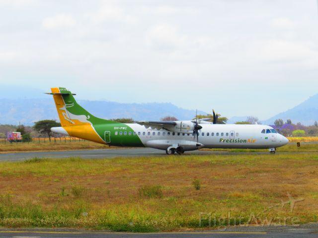 ATR ATR-72 (5H-PWC)