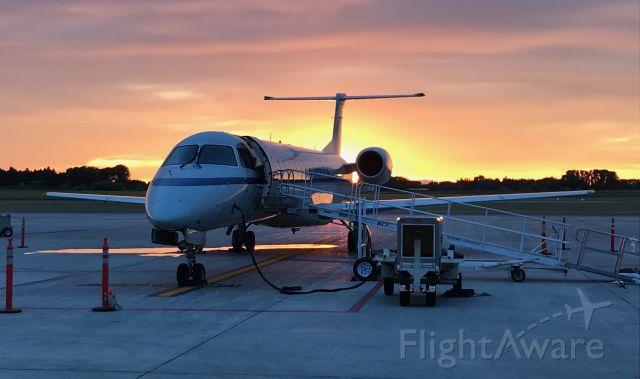 Embraer ERJ-145 (N836HK) - Staying overnight before returning to DEN.
