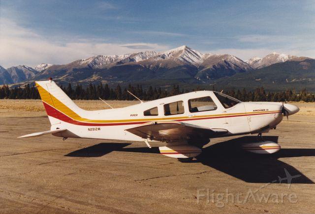 Piper Cherokee (N2912M)