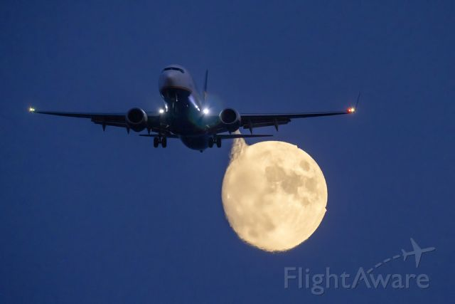 Boeing 737-800 (9H-QCZ) - Shot from the roof of my home on approach to RWY 31.