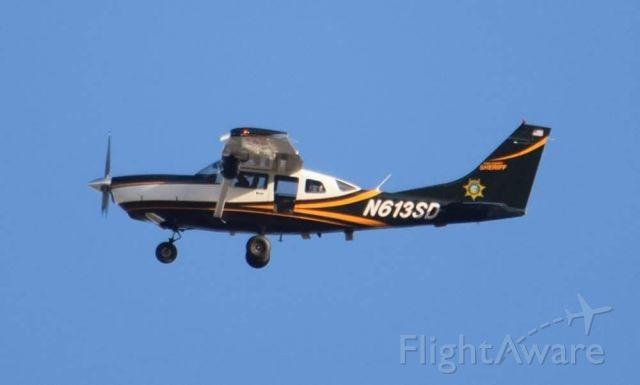 Cessna 206 Stationair (N613SD)