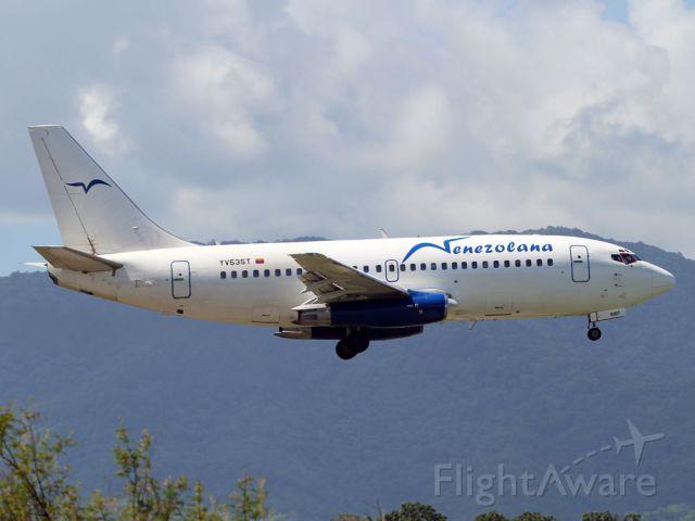 Boeing 737-200 (YV535T)