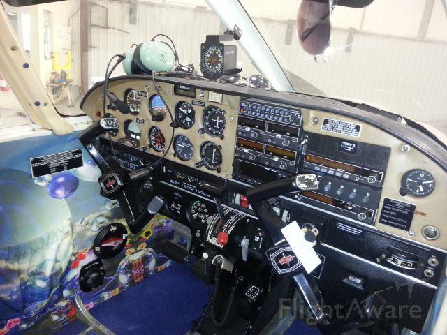 Piper Cherokee (N2492T)