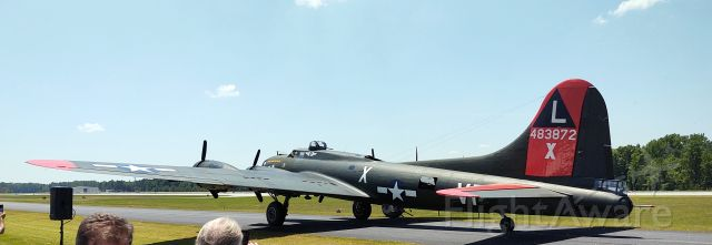 """N7227C — - B17G """"Texas Raiders"""" taxiing back to the ramp after performing at the 2021 Atlanta Airshow."""