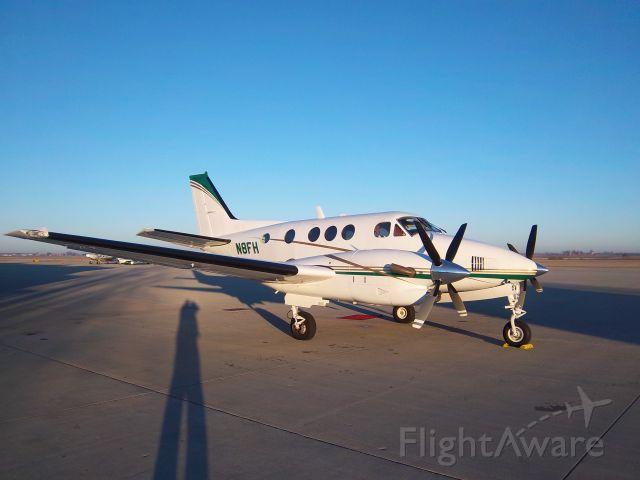 Beechcraft King Air 90 (N8FH)