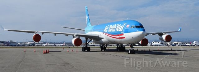 Airbus A340-300 (F-OJTN)