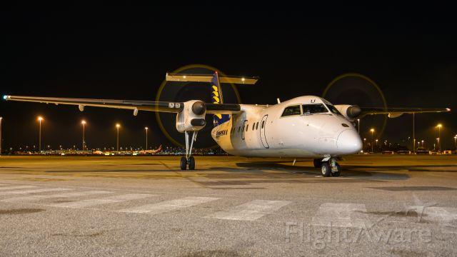 de Havilland Dash 8-100 (VH-XFU)