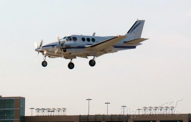 Beechcraft King Air 90 (BE9L)