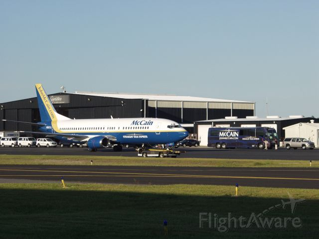 Boeing 737-700 (N802TJ) - McCain visits Jacksonville, FL