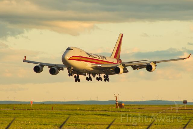 Boeing 747-400 (N706CK) - CKS 956 Approaching Rwy 06 From Chicago