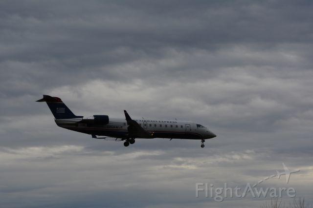 Canadair Regional Jet CRJ-200 (N452AW)