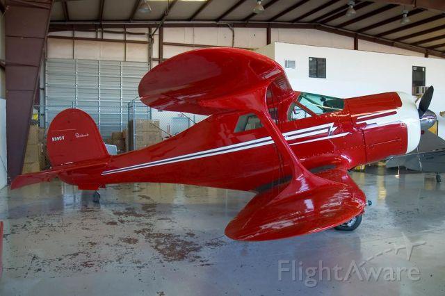 Beechcraft Staggerwing (N99DV)