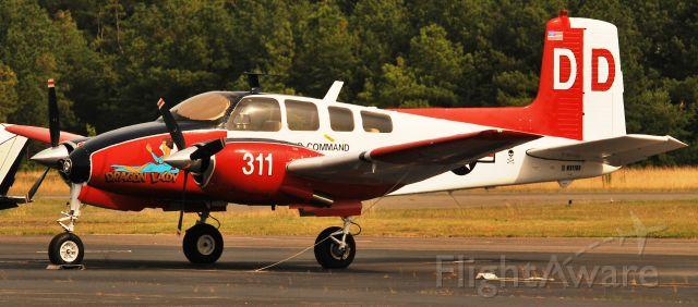 Beechcraft Twin Bonanza (N311DD)