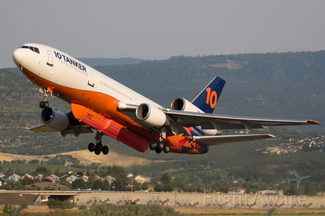 McDonnell Douglas DC-10 (N522AX) - Departing Medford for the Lava Fire burning near Mt Shasta.