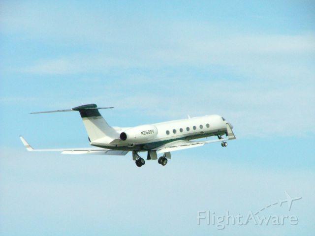 Gulfstream Aerospace Gulfstream V (N250DV) - Gulfstream jet, belonging to the Devos family. Very expensive!