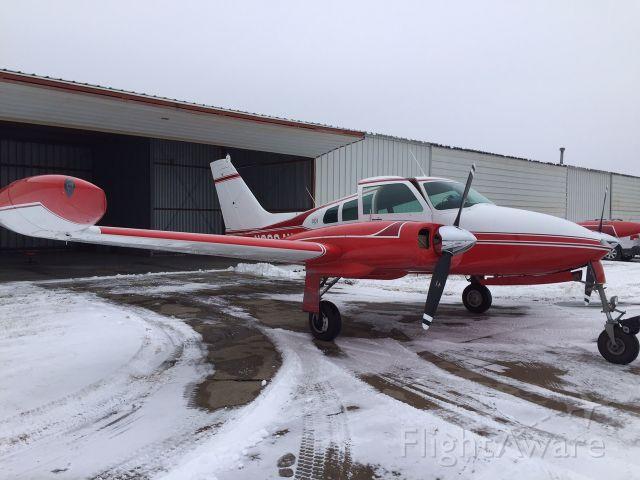 Cessna 310 (N8094M)