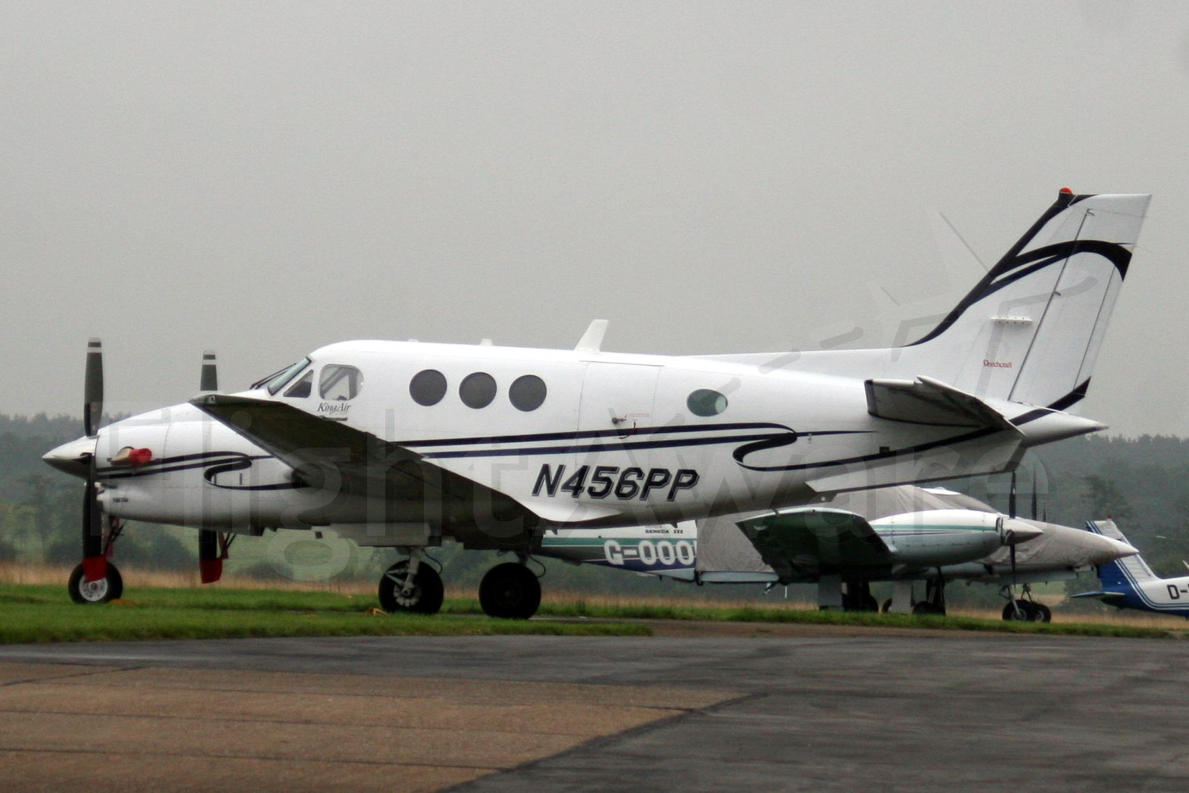 Beechcraft King Air 90 (N456PP) - Since reregistered M-ONTI in Jun-09.