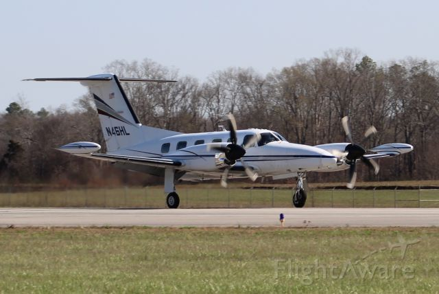 Piper Cheyenne 400 (N46HL) - A 1985 Piper PA-42-1000 Cheyenne L/S arriving Runway 18 at Pryor Field Regional Airport, Decatur, AL - March 9, 2017.